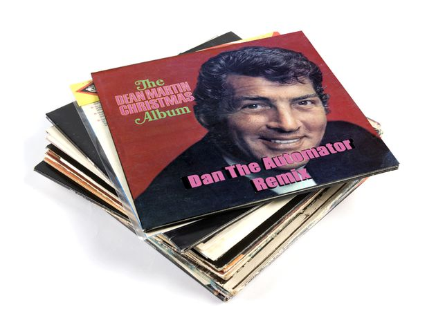 Dean Martin - Jingle Bells (Dan The Automator Remix)