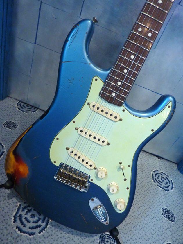 Heavy Relic 1963 Stratocaster