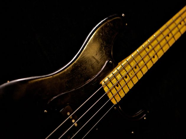 Roger Waters – 1970s Fender Precision Bass-Thoroughbred
