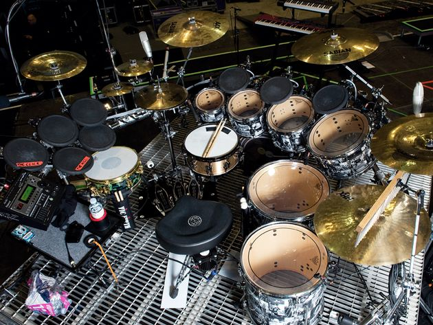 Shannon Leto's Thirty Seconds To Mars kit