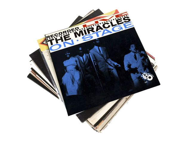 The Miracles Recorded Live On Stage