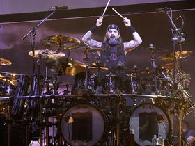 The Rev v Mike Portnoy: the result!