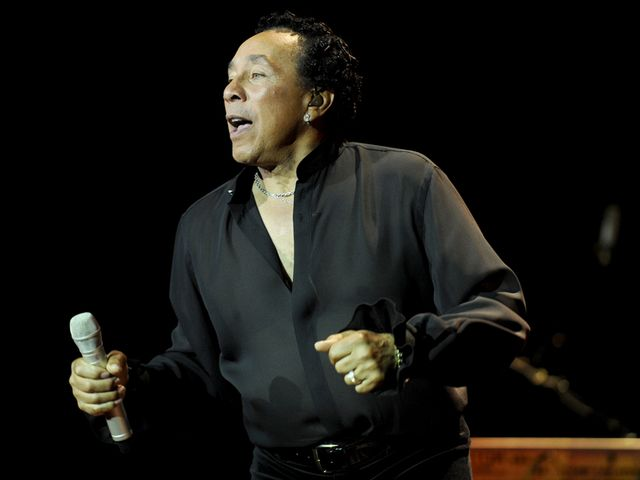 Smokey Robinson & The Miracles - Ooh Baby Baby
