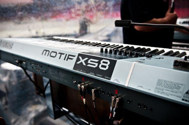Yamaha Motif XS8 synths