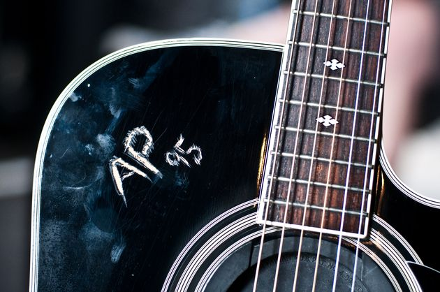Jon's main acoustic (detail)