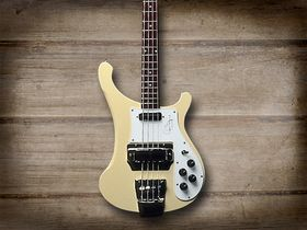 Cool and classic basses: Rickenbacker 4001 CS