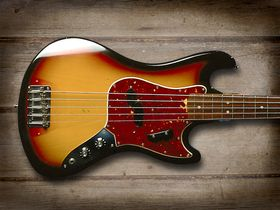 Cool and classic basses: Fender Bass V