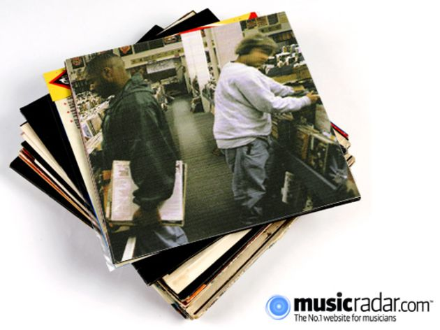 DJ Shadow - Midnight In A Perfect World (1996)