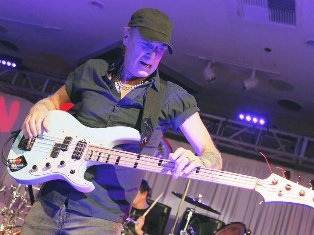 Billy Sheehan: my top 5 not-so-guilty pleasures of all time