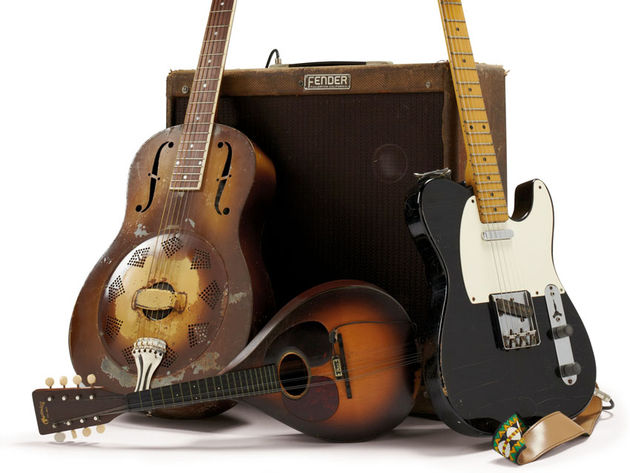 1932 National Triolian resonator guitar and 1959 Fender Esquire guitar