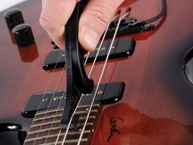 10 essential Christmas 2011 gifts for guitarists