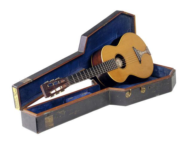 Circa 1865 John C. Haynes Titlton guitar