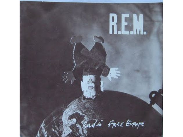 R.E.M. – Radio Free Europe/Sitting Still (1981)