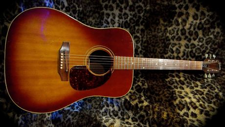 1968 Gibson J-45