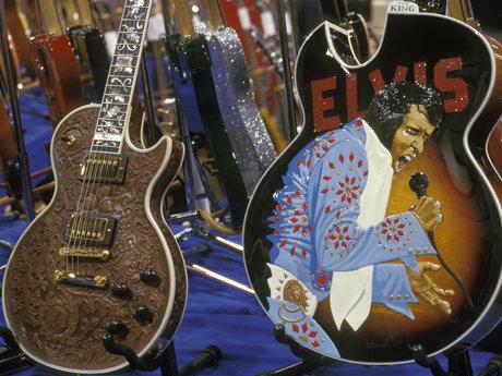 Gibson elvis guitar