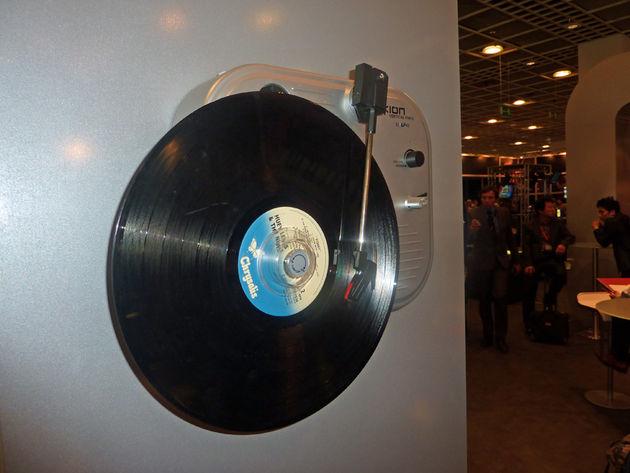 Vertical vinyl