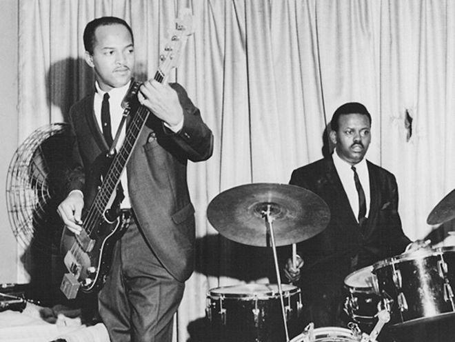 The Beatles Polska: Moją grę na basie ukształtował James Jamerson z Motown