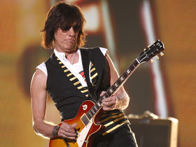 INTERVIEW: Jeff Beck on Les Paul and new Rock 'N' Roll Party DVD