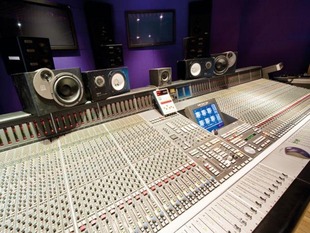Studio E desk