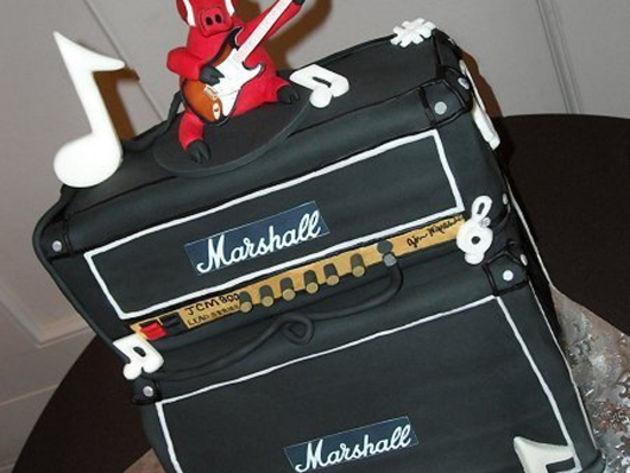 Marshall JCM800 amp cake