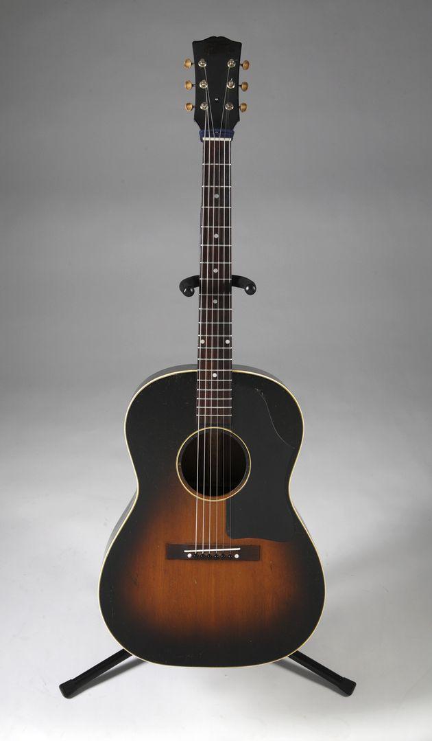 Elvis Presley Gibson LG-2 acoustic guitar