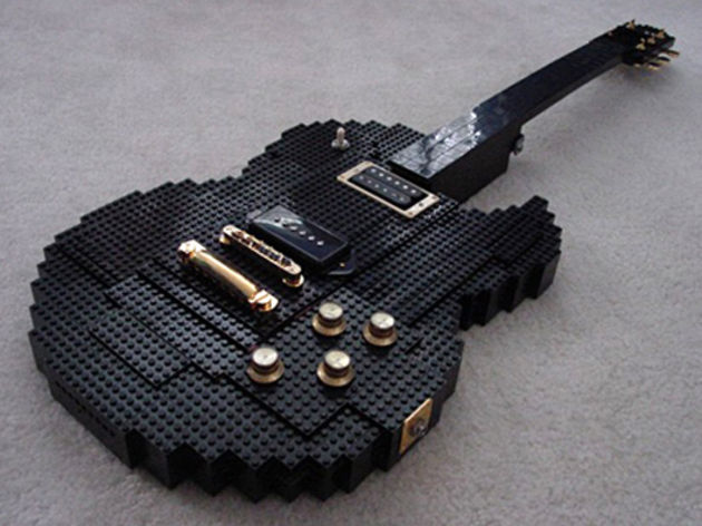The Lego guitar