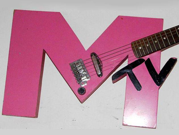 'MTV' guitar