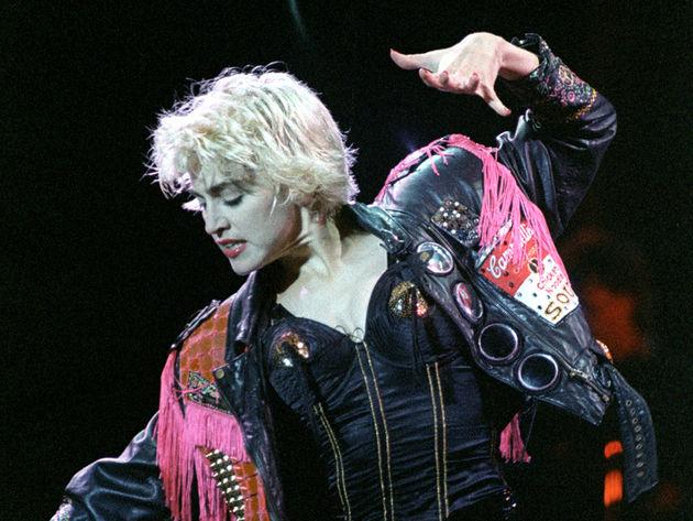 La Isla Bonita - Madonna (1987)
