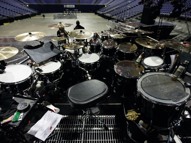Le kit de Chris Johnson, batteur de Rihanna en images