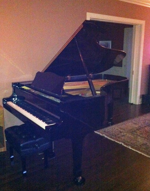 Living room - Yamaha C7 grand piano