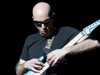 Joe Satriani's Experience Hendrix Tour blog: part 3