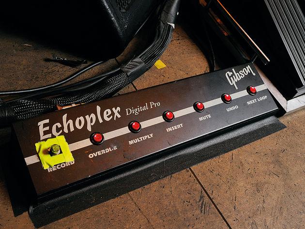 Echoplex foot controller