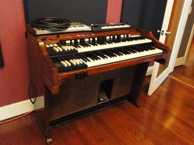 Piano Room - Hammond B3