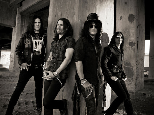 Slash - Apocalyptic Love, featuring Myles Kennedy and The Conspirators