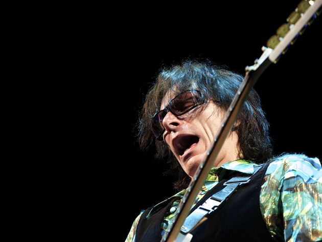 Steve Vai discusses the Vai Academy Song Evolution Camp