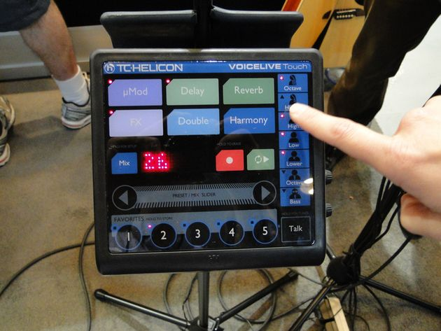 Big, bright, easy-to-ready display buttons on the VoiceLive Touch make it easy to program in low-light gig settings