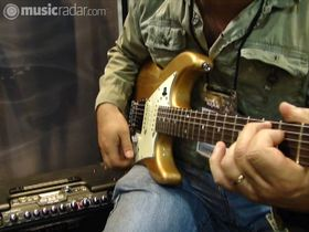 Summer NAMM 2010: Line 6 James Tyler Variax demo