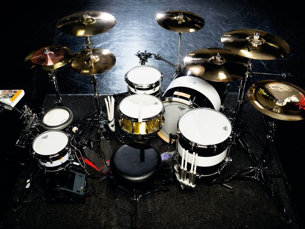 Le kit de Travis Barker du groupe Transplants en images