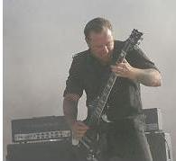 http://cdn.mos.musicradar.com/images/legacy/totalguitar/07july3108_pic02.jpg