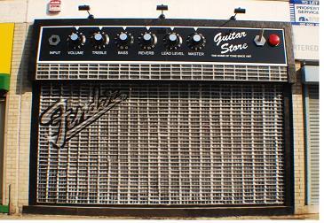 http://cdn.mos.musicradar.com/images/legacy/totalguitar/DSC_0051.JPG
