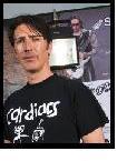 http://cdn.mos.musicradar.com/images/legacy/totalguitar/Grah.JPG