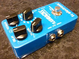 TC Electronic Flashback Delay and Hall Of Fame Reverb Toneprint pedals
