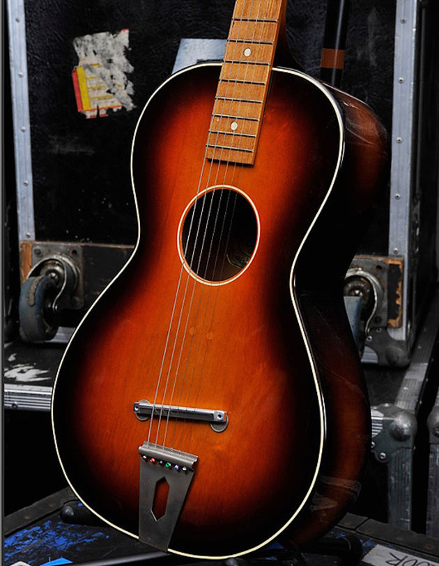 Brian May's Other Equipment - Egmond acoustic