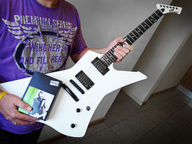 Hands On With James Hetfield's ESP SnakeByte