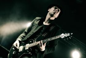 Skunk Anansie guitarist Ace to host technique course in October 2013