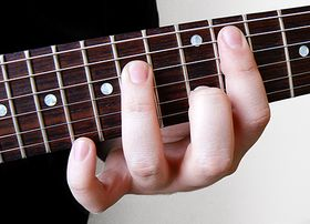 How to: play fluid, flawless barre chords