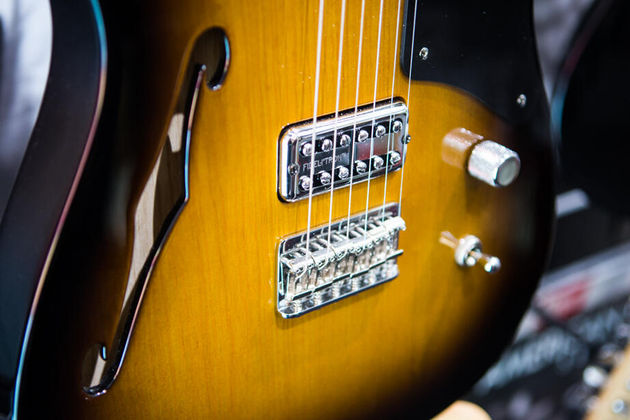 Fender Thinline Cabronita Telecaster