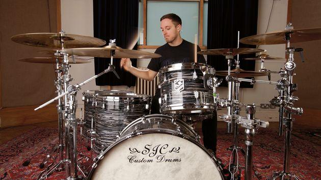 Great drummers like Dan Searle…