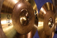 Mayer introduces his new cymbals to Rhythm