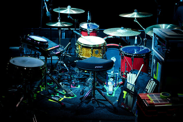 Reverend & The Makers drummer's hybrid setup